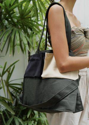 VAITASA Nomadic Bag